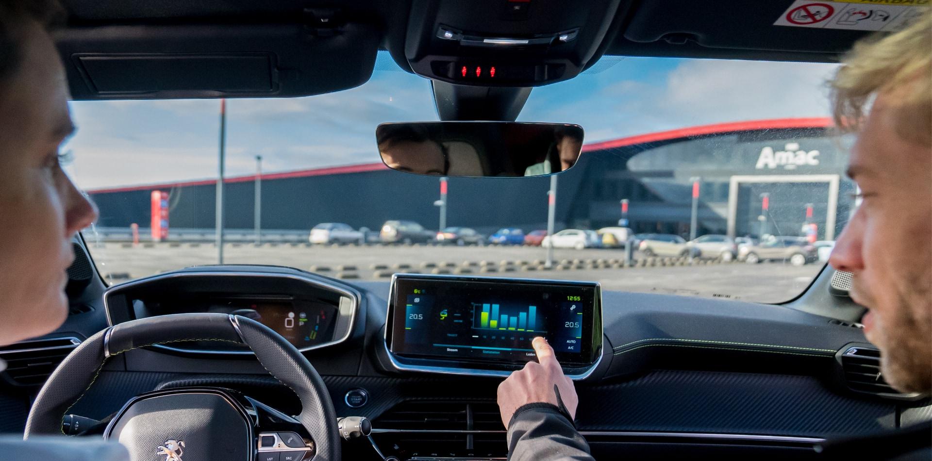 Verkeersregels- Snelheid op matrixborden en rechtshouden